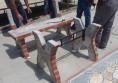 бетонна градинска маса с камък и мозайка (3)