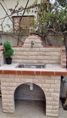 модерна чешма за двора