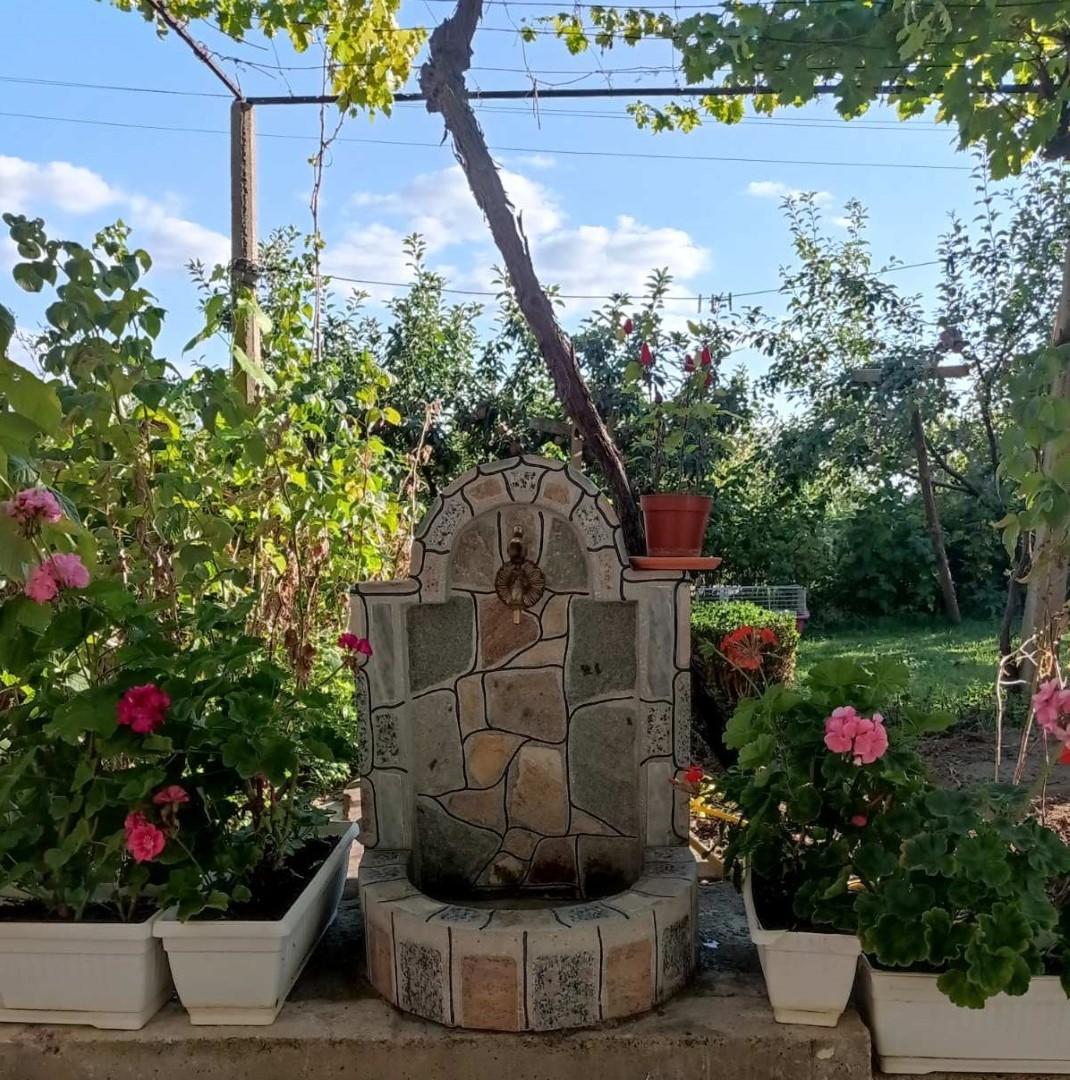 Цветна чешмичка от Раймар в Сливен